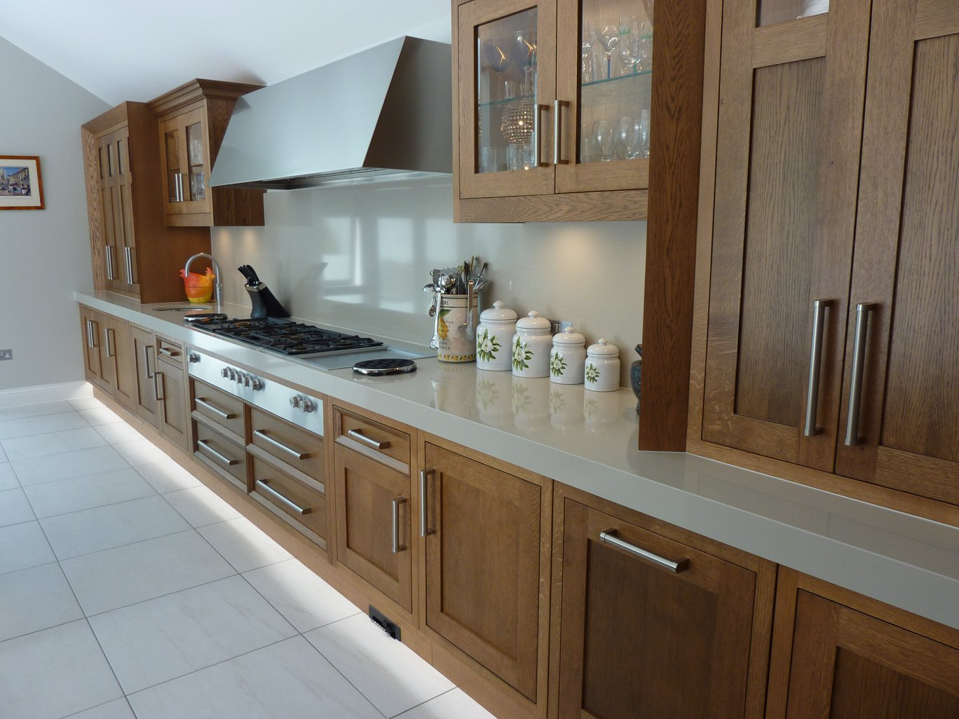 Dark Oak Shaker Style Kitchen-3.jpg